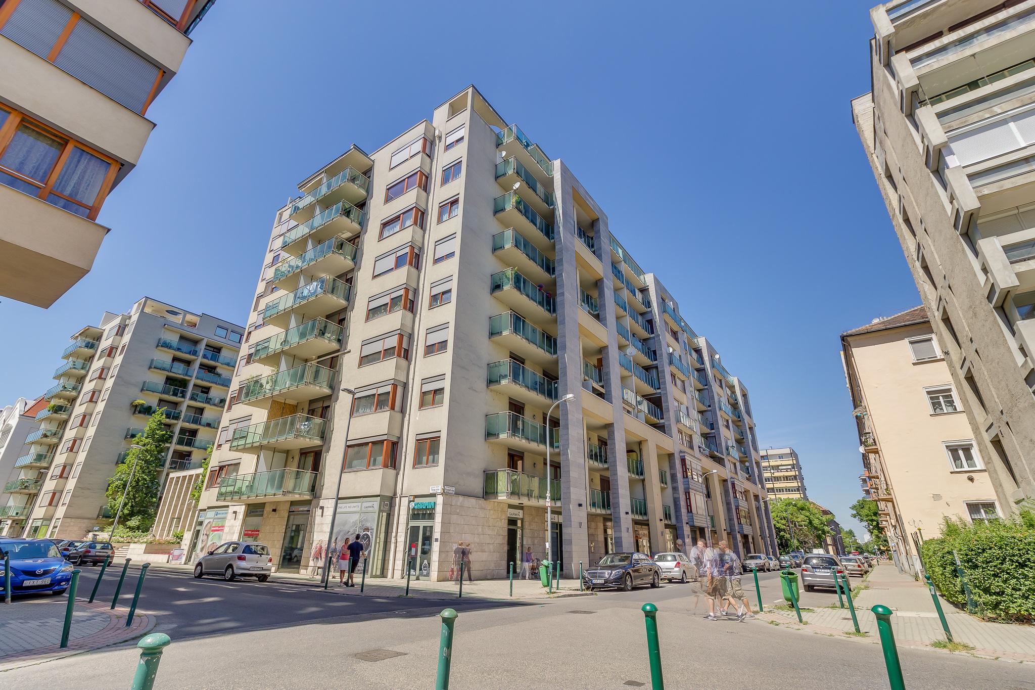 District 13, Visegrádi utca 80B