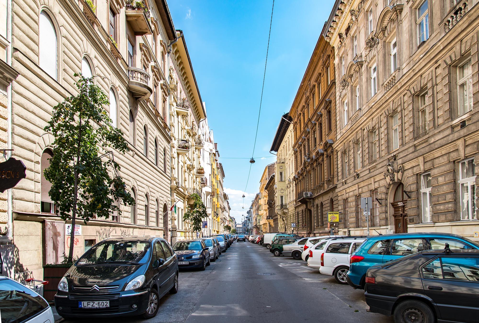 District 6, Eötvös utca 35. A