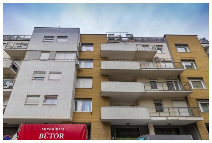 District 6, Rózsa utca 94A