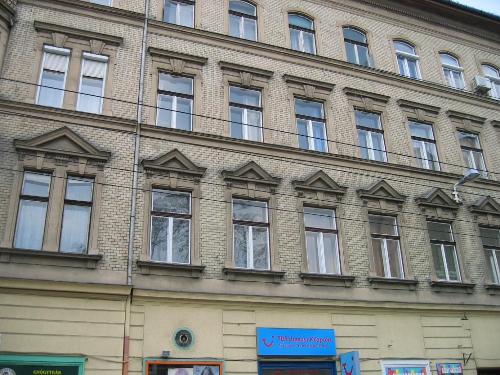 District 7, István utca 28