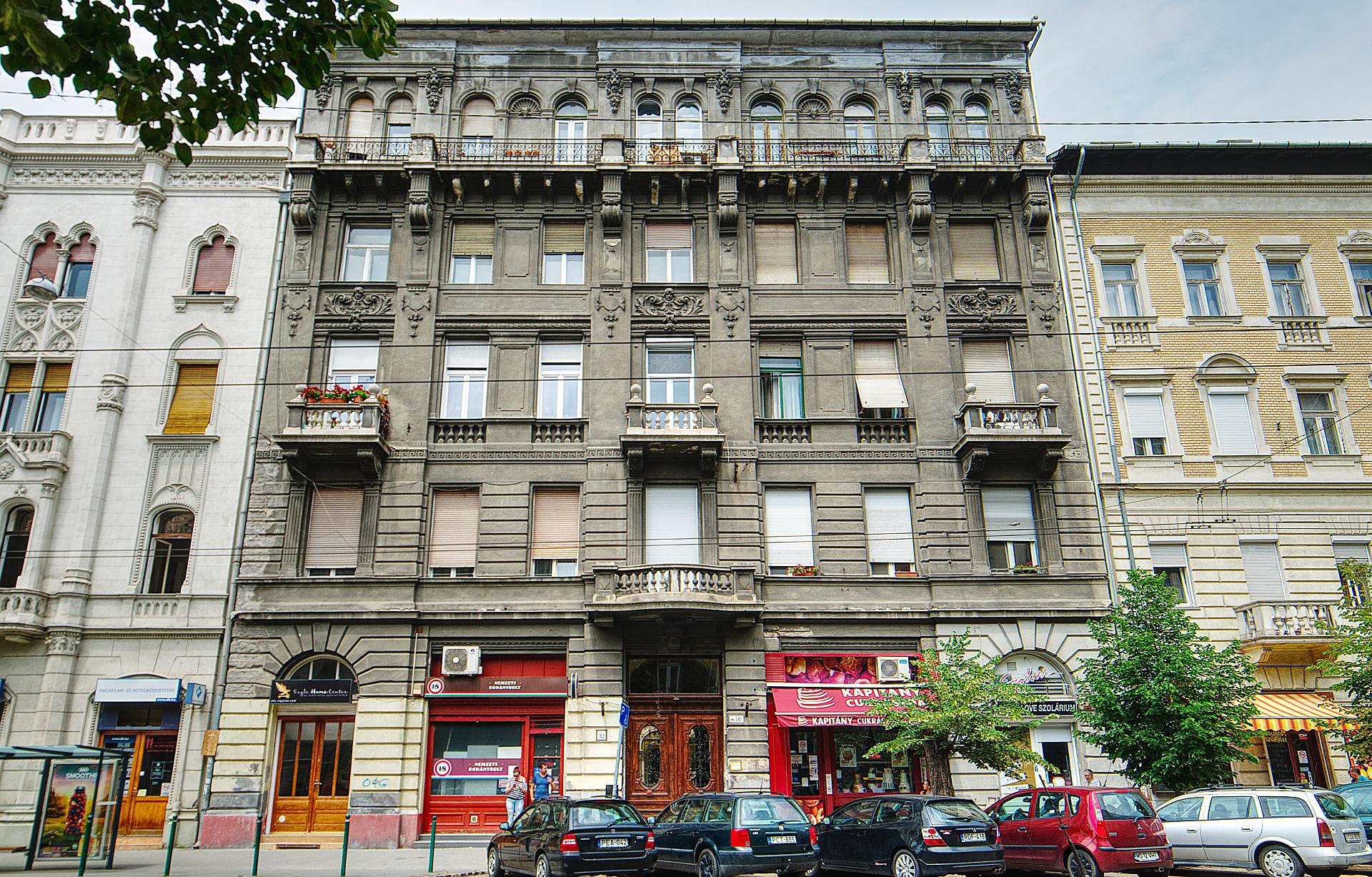 District 7, Damjanich utca 32.