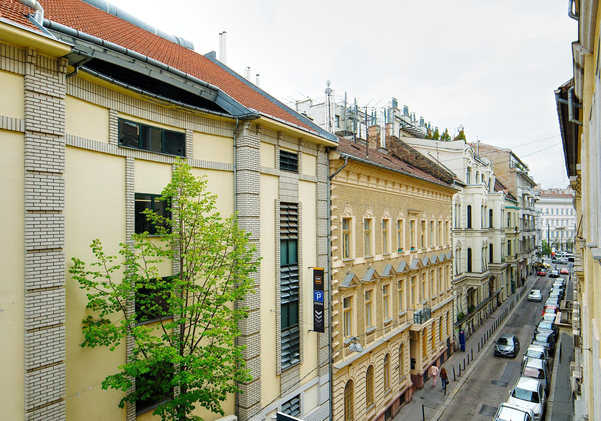 District 6, Zichy Jenő utca 6.