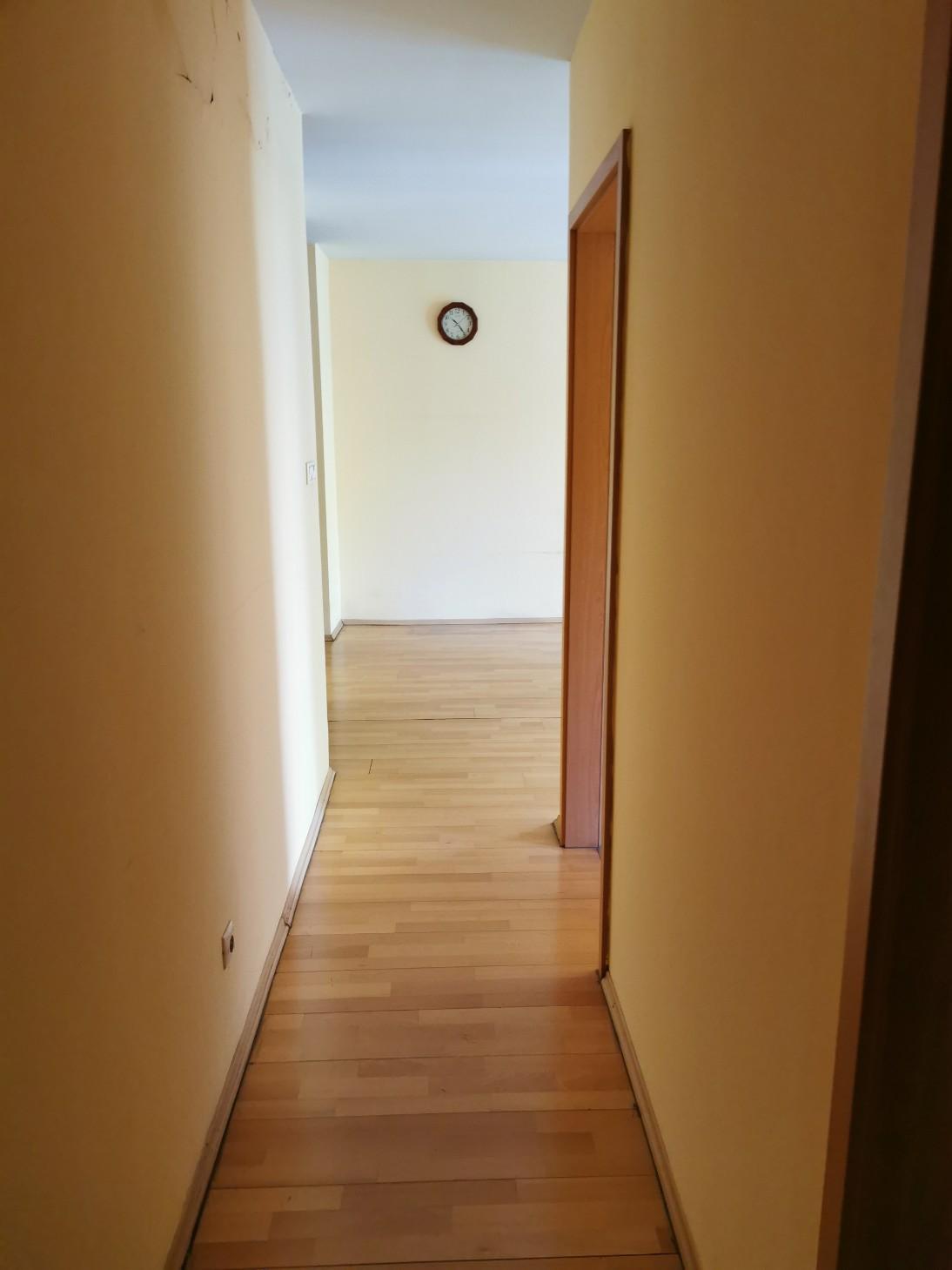 District 13, Visegrádi utca 82B