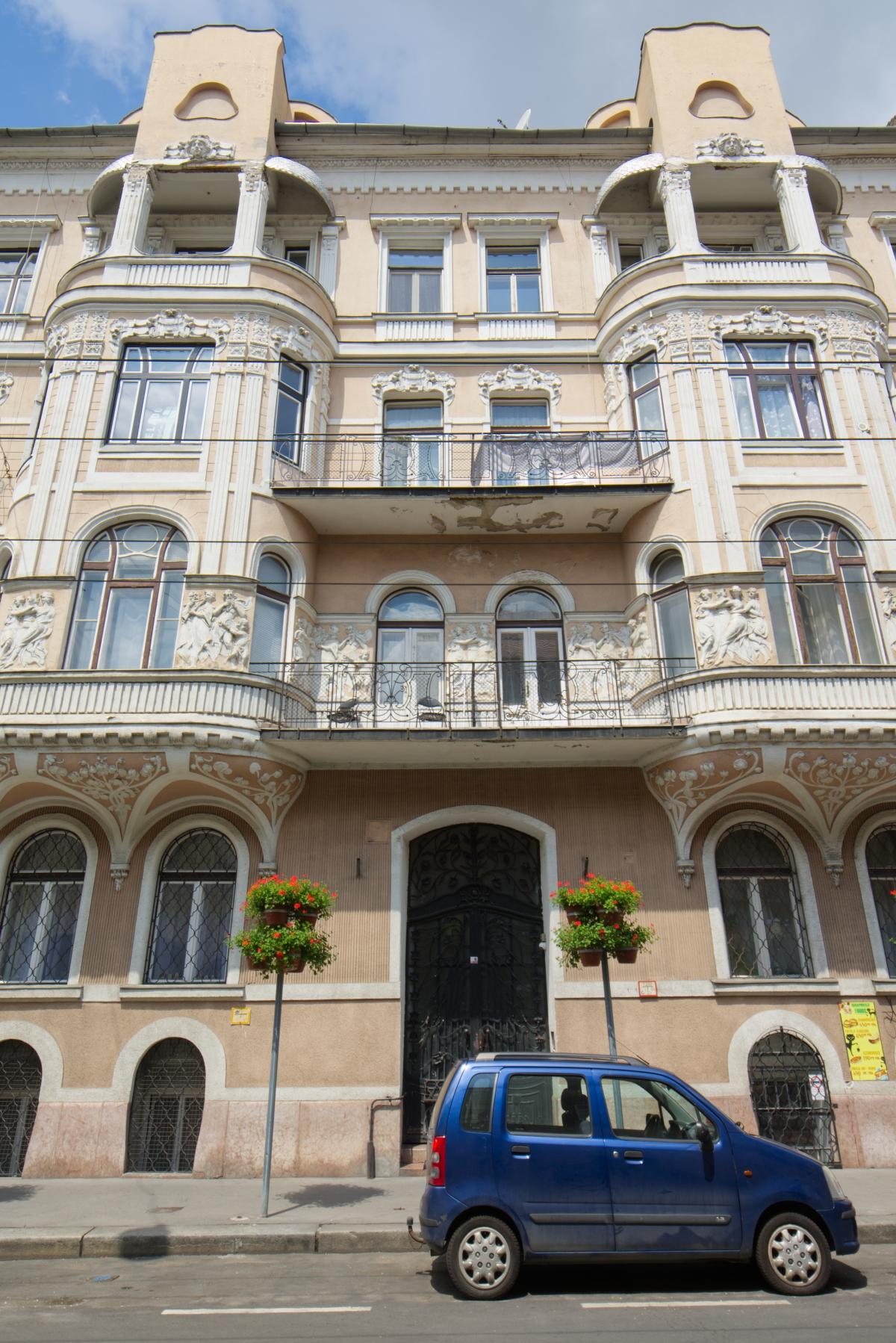 District 7, István utca 18