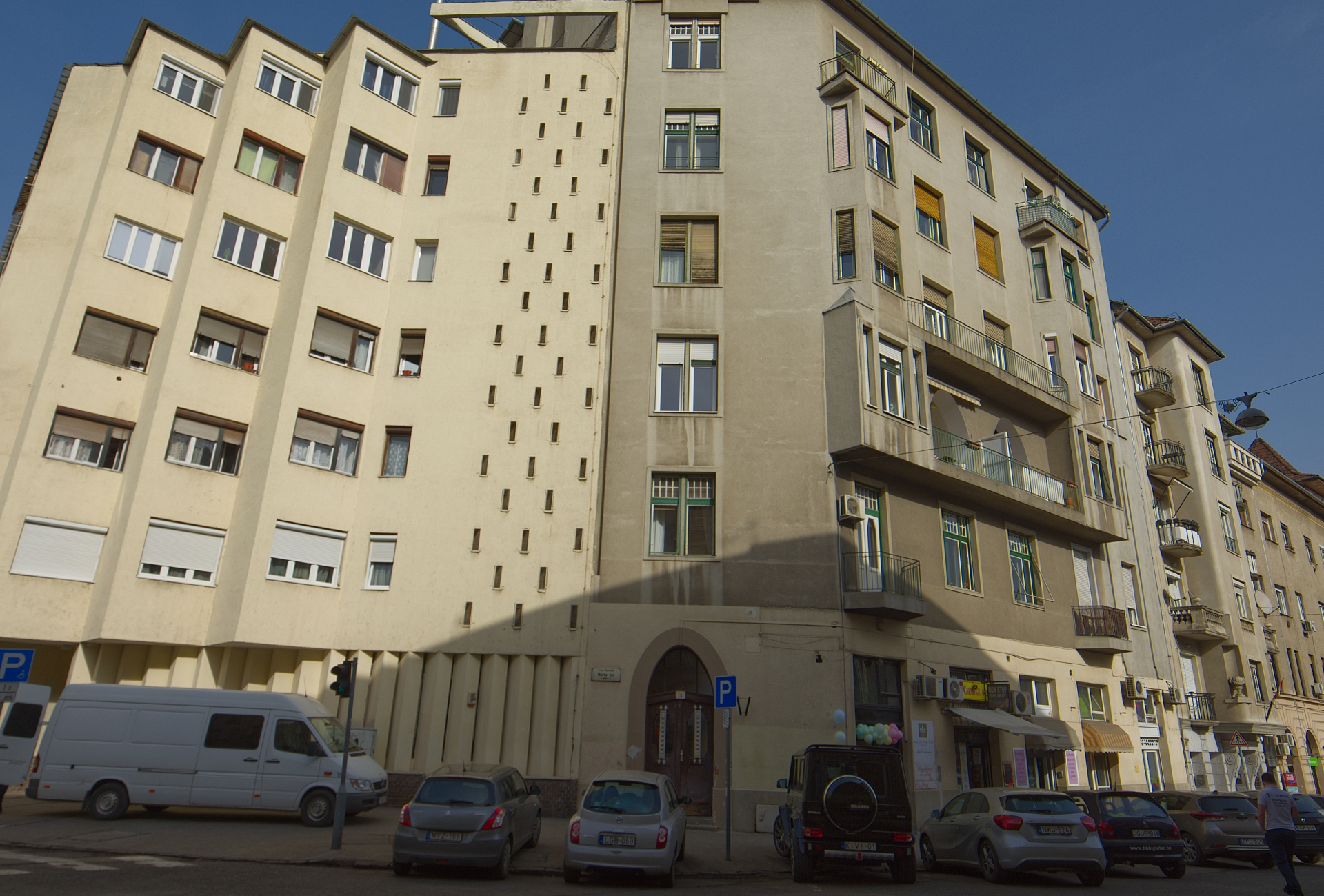 District 1, Mária tér 3